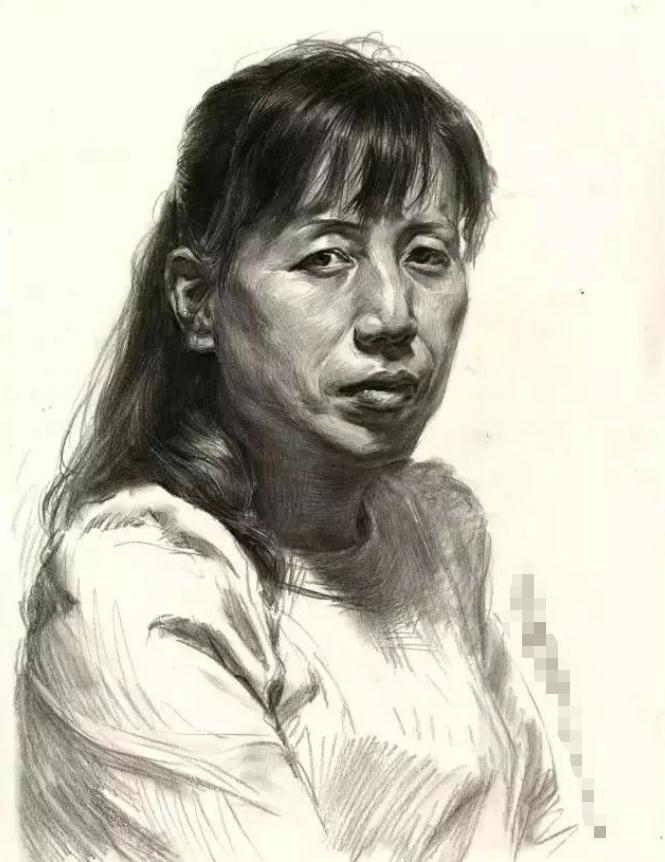 杭州艺考画室素描教学|教你画正面微侧的长发女中年肖像,01