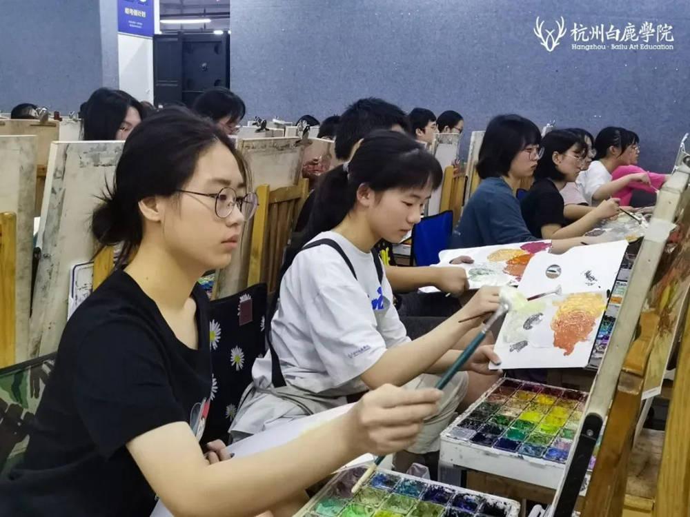 来吧,展示!杭州艺考画室白鹿八月月考进行中,08