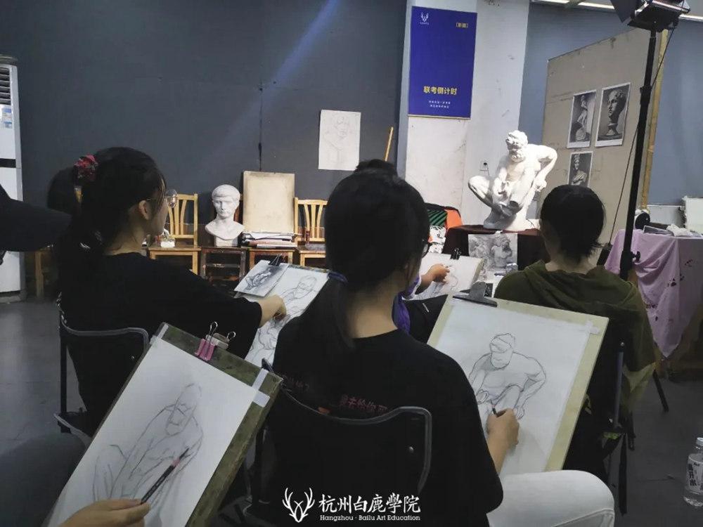 杭州艺考画室日常 | 你说美术生考大学很容易?要不你来试一试,24