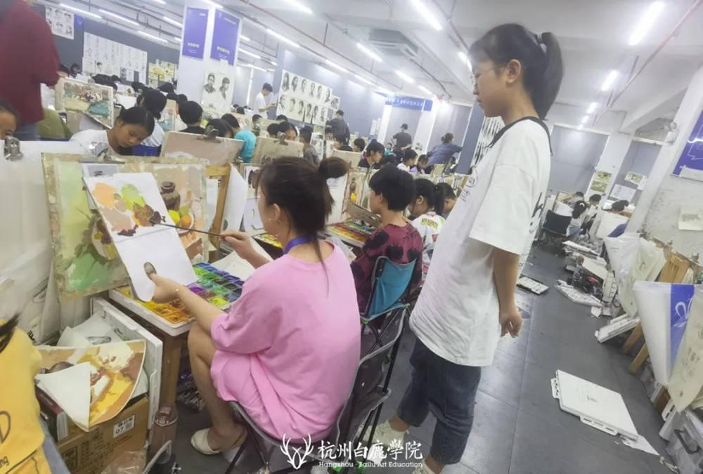 杭州白鹿日常 | 你说艺考美术生考大学很容易?你来试一试,50