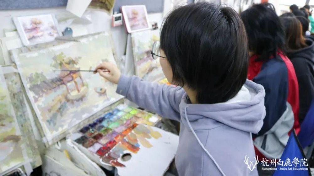 杭州白鹿美术画室有约 | 杨金子:国漫新星子正在崛起,画画既是热爱也是追求!
