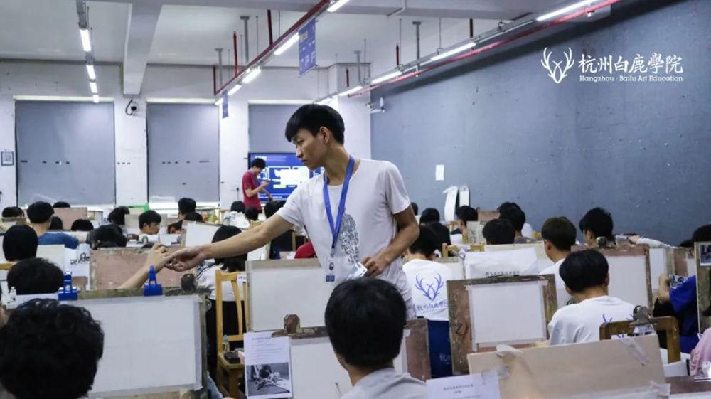 来吧,展示!杭州艺考画室白鹿八月月考进行中,16