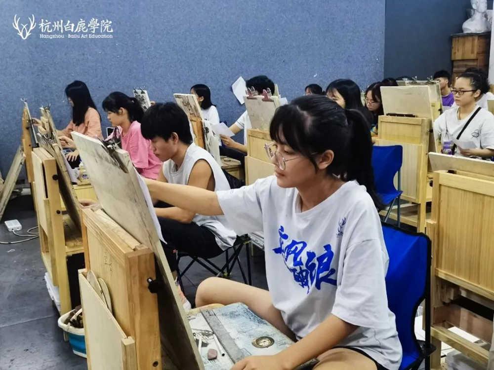 来吧,展示!杭州艺考画室白鹿八月月考进行中,09