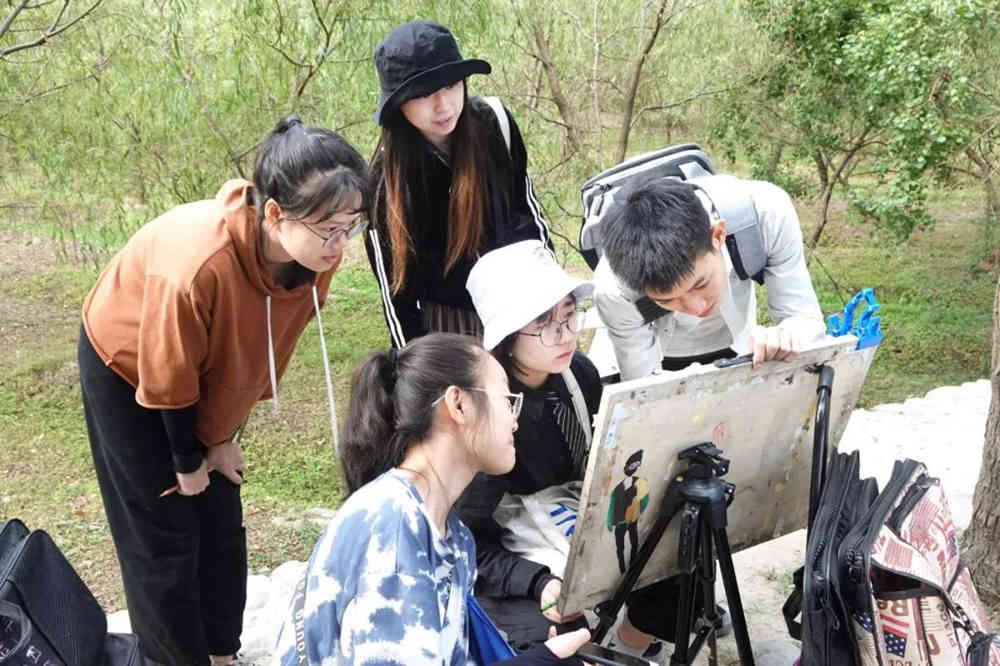 杭州艺考画室写生季 | 杭州白鹿学院下乡写生通知及注意事项,25