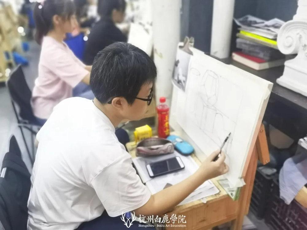 杭州艺考画室日常 | 你说美术生考大学很容易?要不你来试一试,15