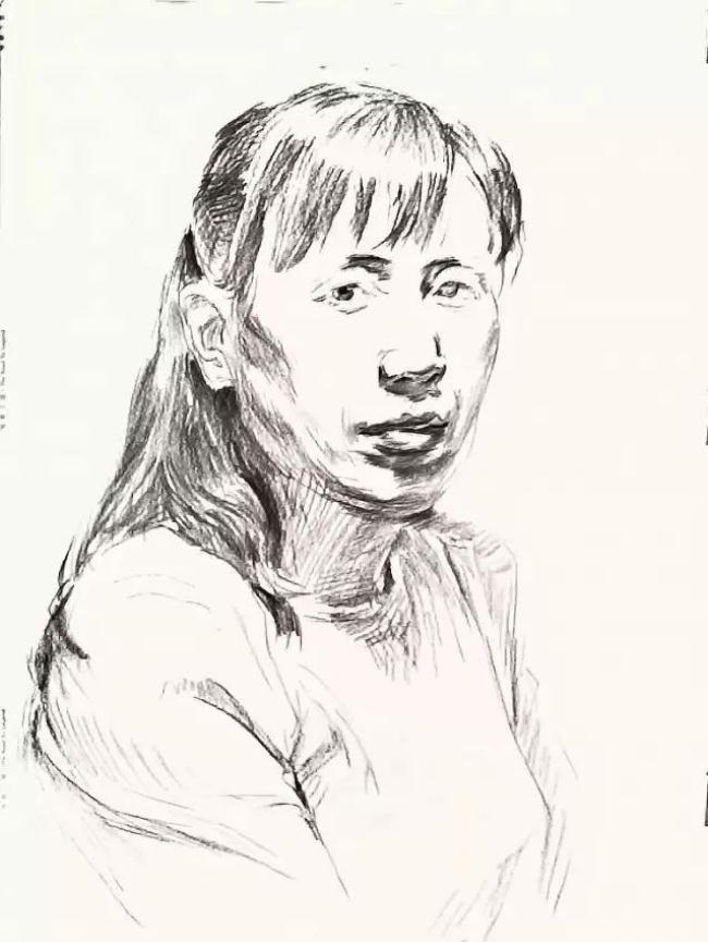 杭州艺考画室素描教学|教你画正面微侧的长发女中年肖像,04