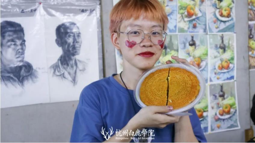这个双节,杭州艺考画室白鹿学院陪你们过,14