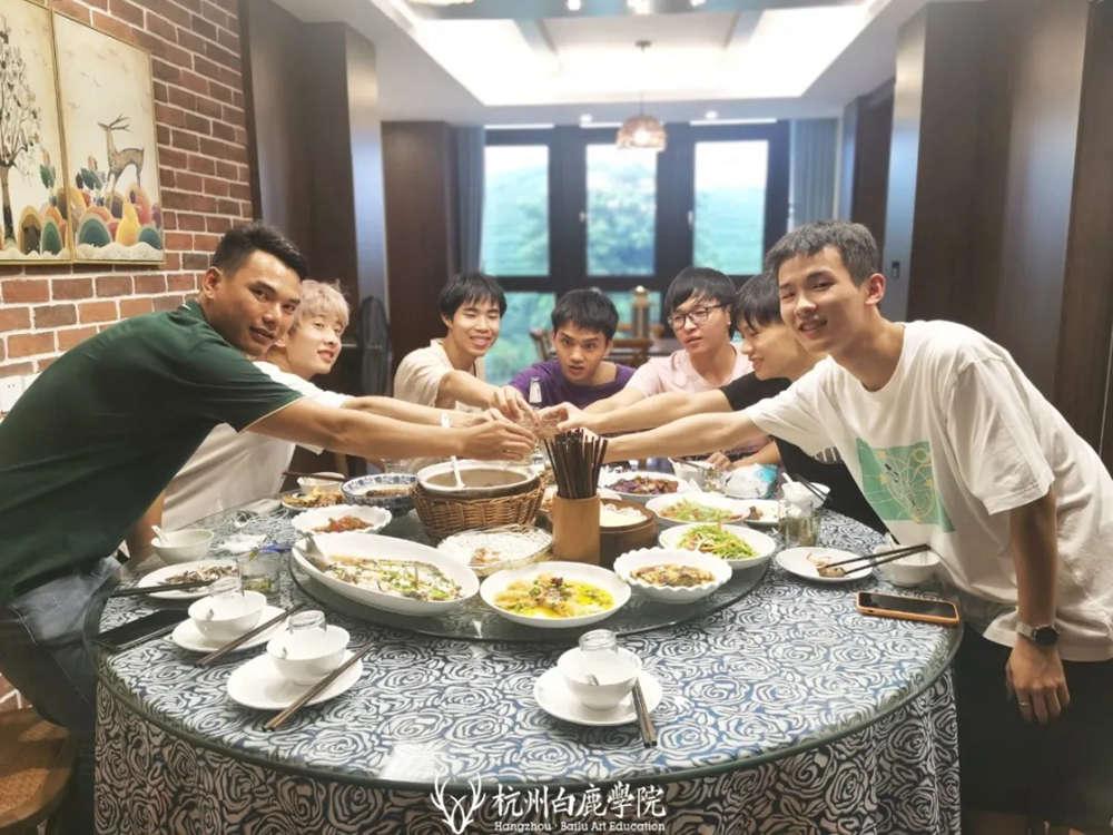 杭州画室,杭州艺考画室,杭州美术培训画室,15