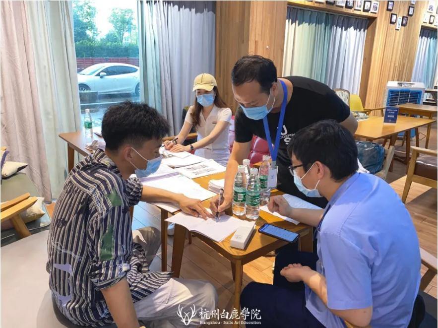 杭州画室,杭州艺考画室,杭州美术培训画室,12