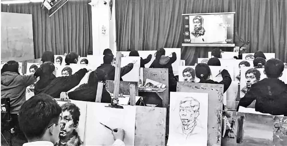 杭州美术培训班快讯 | 美术联考和校考哪个竞争大,01