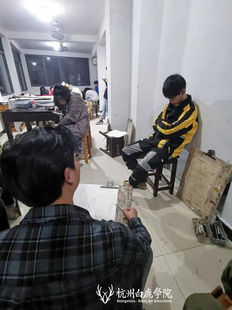 杭州艺考画室白鹿写生季 | 秋天的第一场写生未完待续,61