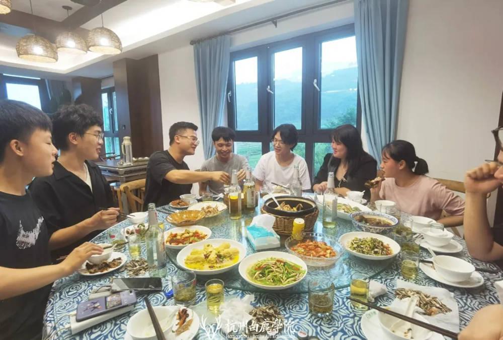 杭州画室,杭州艺考画室,杭州美术培训画室,25