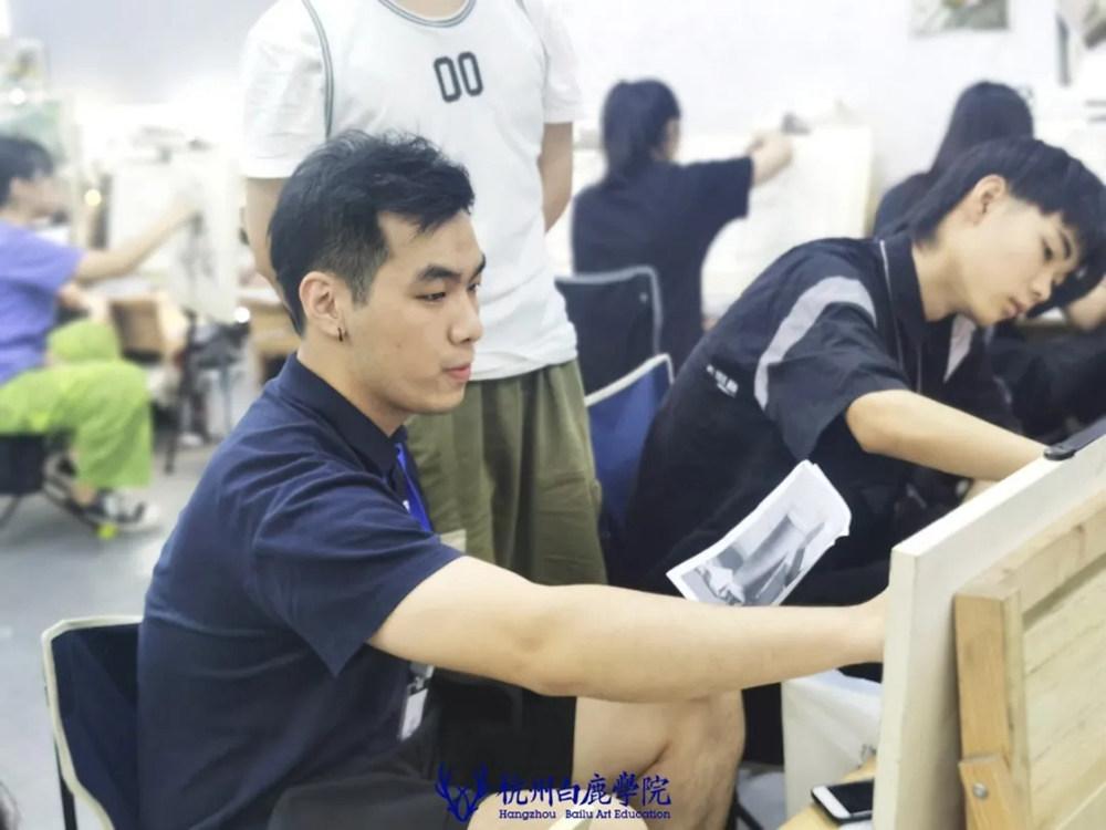 杭州艺考画室日常 | 你说美术生考大学很容易?要不你来试一试,46