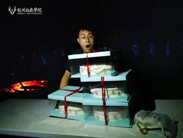 杭州艺考画室这个夏天欠下的宴会债,现在还,40