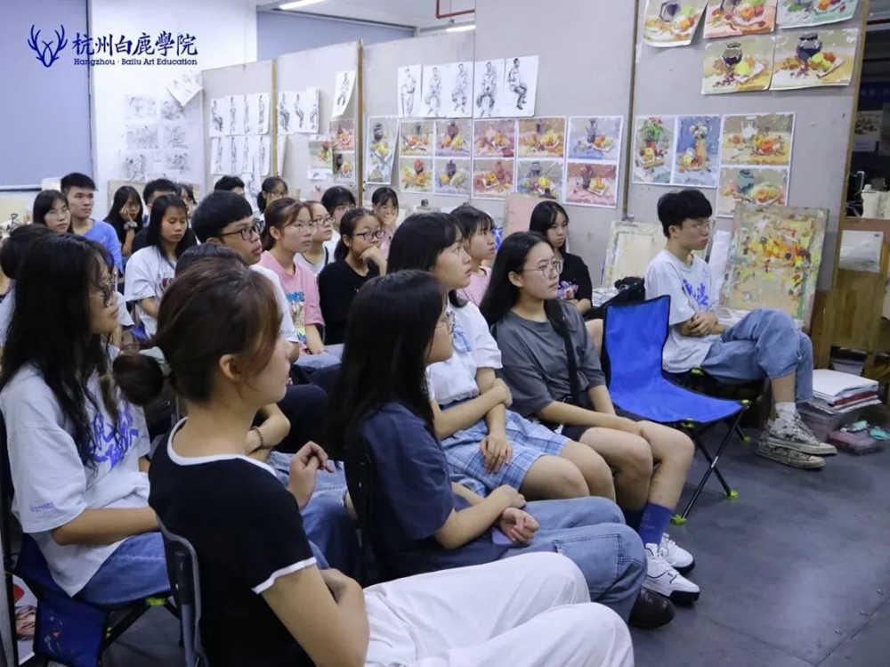 来吧,展示!杭州艺考画室白鹿八月月考进行中,45
