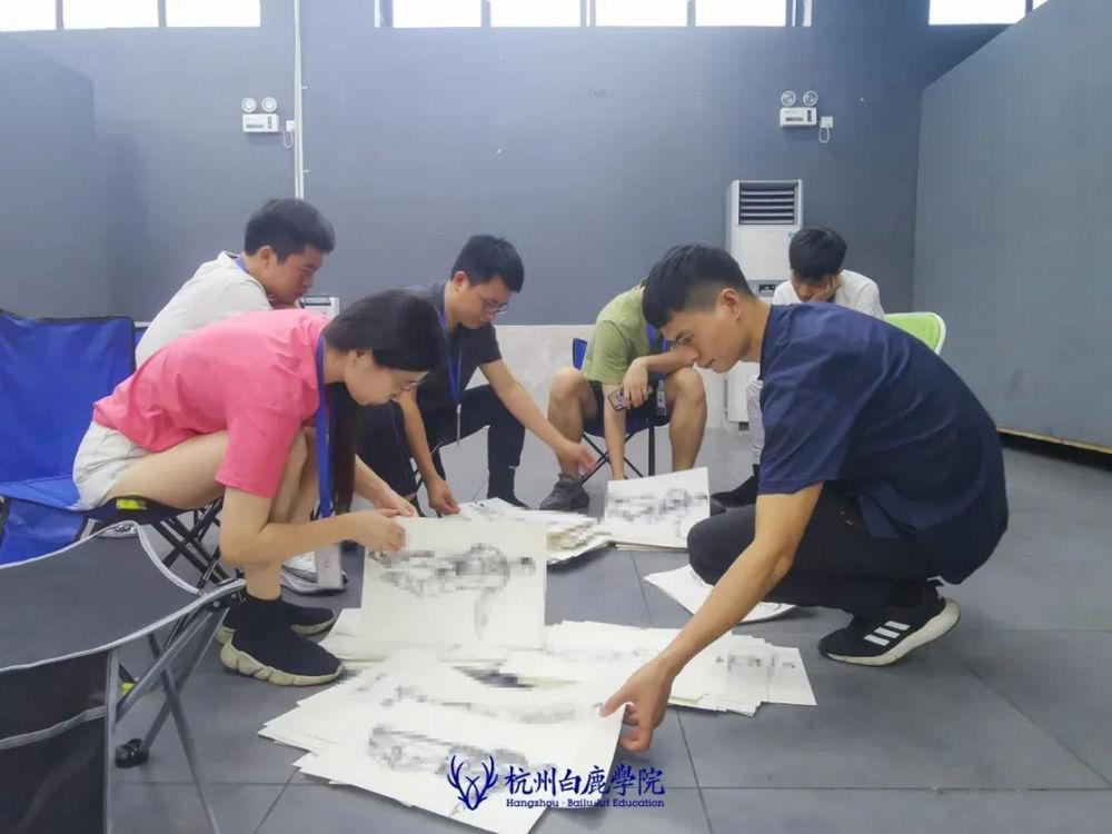 来吧,展示!杭州艺考画室白鹿八月月考进行中,19