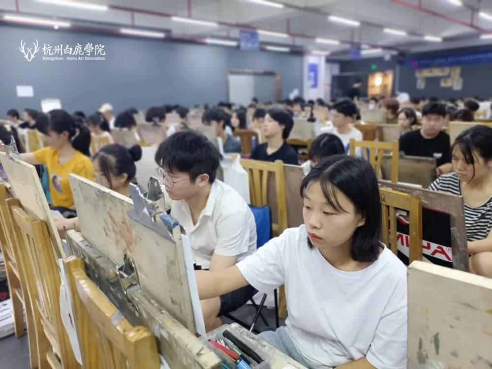 来吧,展示!杭州艺考画室白鹿八月月考进行中,11