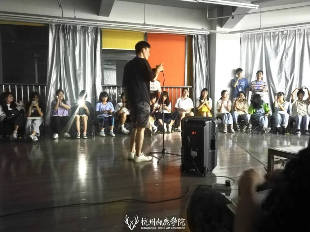 杭州艺考画室暑假班 | 游学致敬抗疫英雄,强国少年未来可期,60